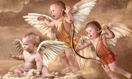 Exercícios de Escrita: Cupid Carries a Gun